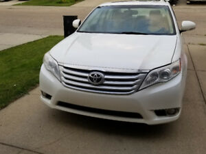2011 Toyota Avalon **REDUCED** FULLY LOADED Sedan