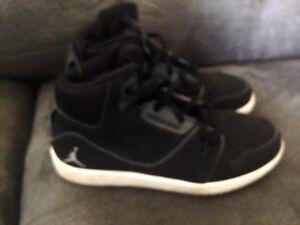 Boys Jordan Sneaker Size 12.5 Children's