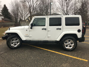 2013 Jeep Wrangler Sahara SUV 1 Owner Meticulously Maintained