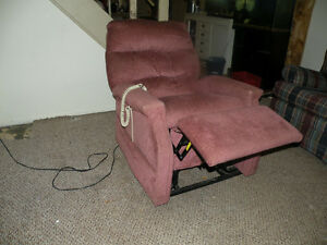 PRIDE  LIFT  CHAIR / RECLINER