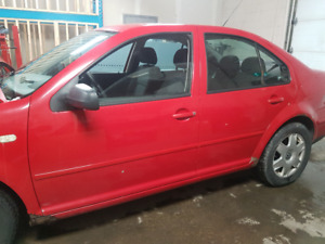 VW JETTA 4 BEATER/PARTSENGINE AND TRANS ARE STRONG AND SMOOTH