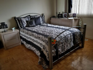 LIT DOUBLE + MATELAS / DOUBLE BED + MATTRESS