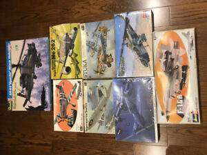 Scale Model Kits - 8 Military Aircraft-1/32 - Lot#10