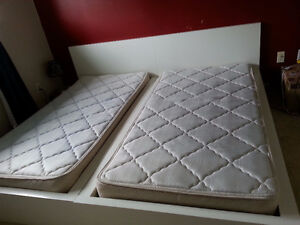 2 Twin Beds with Mattresses for Sale