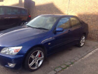 Lexus is200 2.0 automatic w reg spares not breaking