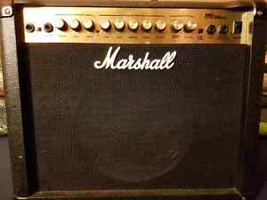 Marshall MG 30 DFX amplifier w/ Peavey i2 mic