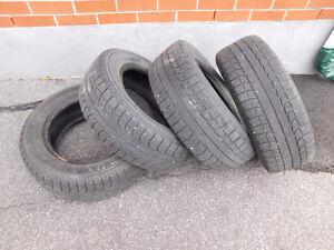 4 pneus d'hiver Michelin X-ice à vendre