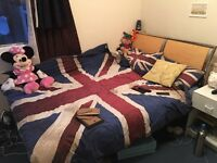 3 Double Rooms in House with Garden. Only 15 minutes to London Bridge.