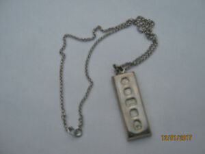 1977 Silver Jubilee Hallmarked Sterling Pendant/Chain (NEW)