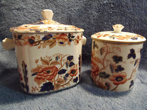 2 Antique MINT Lidded Enoch Wedgwood Old Castle Cache Pots