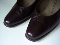 Womens shoes 7M