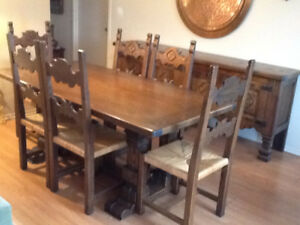 ESTATE SALE  - everything must go !  Antiques etc....