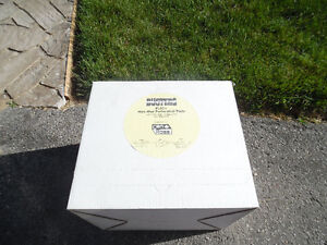 Can-Ross Spill Buster Perforated Pads PL50+ new Box   Product: Kitchener / Waterloo Kitchener Area image 3