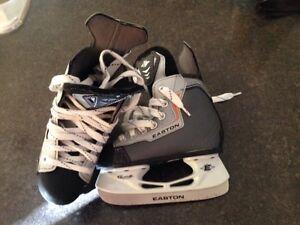 Youth 11 hockey skates patin hockey enfant 11