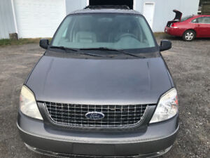 FORD FREESTAR LIMITED 2005 (4 SIÈGES CAPITAINE!!)