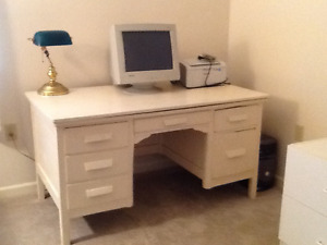 Teachers Desk Large White
