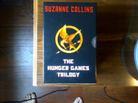 BRAND NEW HUNGER GAMES TRILOGY BOOKS