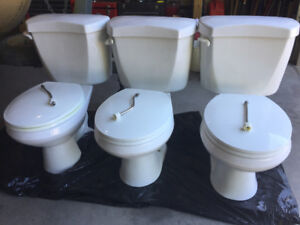 (3) Toilets, Excellent Condition - $100 Takes Them All