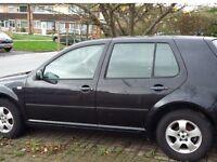 Volkswagen Golf 1.6 model 2002! 90,k 5 door looks drives GREEAT needs wind sceen !!! Clean car !!!
