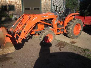 Kubota L3560HST ROPS W/ LA805 Loader