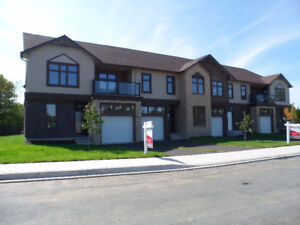 Beautiful Townhomes in Lake Loon Estates