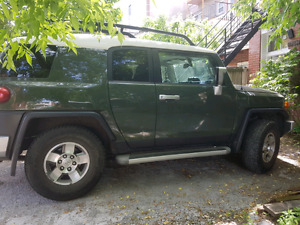 Toyota FJ 2010 offroad edition with tow package