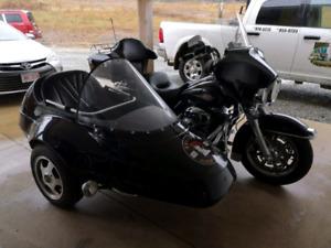 2008 Harley Davidson FLHTCI And California Sidecar