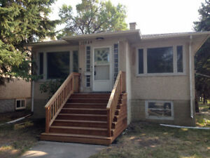 4 BEDROOM HOUSE FOR RENT 10849 - 74 ave University