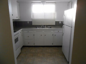 3 Bedroom Duplex in Family Neighborhood available May 1