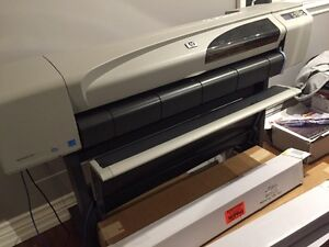 HP DesignJet 500 - WIDE FORMAT 42'' Printer with PAPER