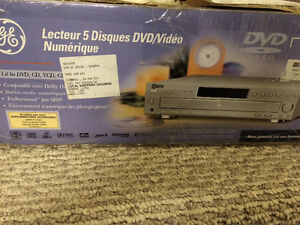 Brand new-5 disque DVD player
