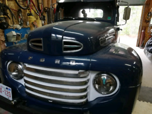 1949 Ford F47