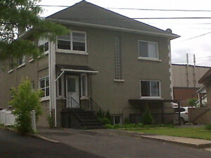 ~JUNE 1400+sq ft all incl. CLEAN UPDATED SPACIOUS STORAGE YARD~