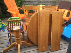 Solid Oak extendable table set