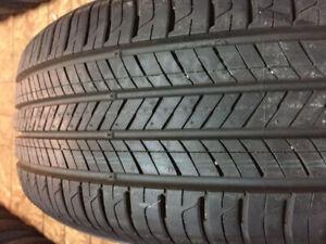4 pneus ete 235 65 R16 toyo