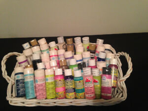 NEW!! 46  BOTTLES OF UNOPENED  QUALITY CRAFT PAINT