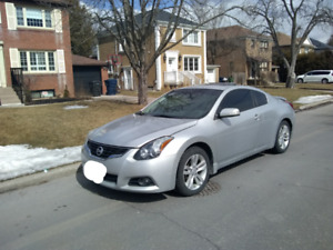 *+* 2011 Nissan Altima Coupe 2.5s *+*