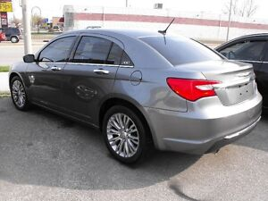 2012 CHRYSLER 200 LTD  LOADED  LEATHER  SUNROOF LOADED   SALE