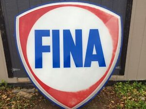 Lighted fina sign