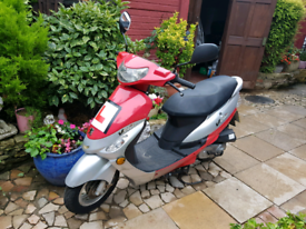 Peugeot v clic 50cc with NEW MOT