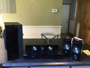 Samsung Blu-Ray Disc Home Theatre System