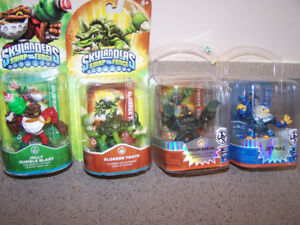 4 SKYLANDER S - new in package