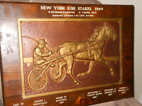 "Plaque en bronze 13"" X 19"" ~ Courses de sulky 1964"