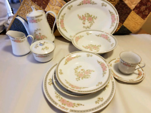 Fine china set made by fairfield