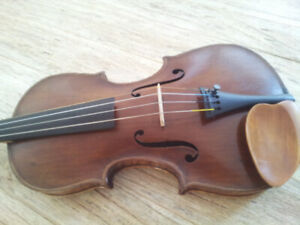 Rare Joseph Hugill Violin for sale - made in 1898 - full size -