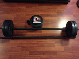 Les Mills bodypump with 2 weight sets