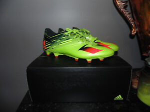 Adidas Messi 15.1 Soccer Cleats (Green, red, and black)- Size 7