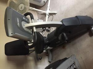 R3 recumbent exercise bike