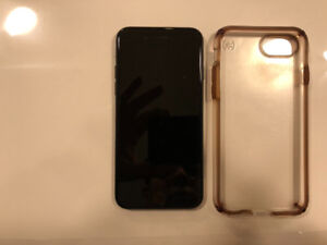 Apple iPhone 7 128GB Space Grey and Clear Speck Case