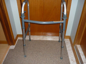 Walker (Invacare ) Fold up Easy